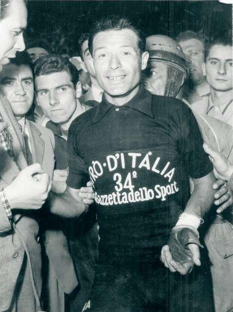 Giovanni-Pinarello-maglia-nera-Giro-d-Italia-1951